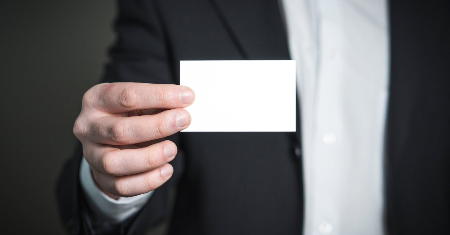 6 Business Card Alternatives Prospects Won't Throw Away
